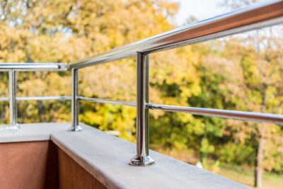 metalowa balustrada balkonowa